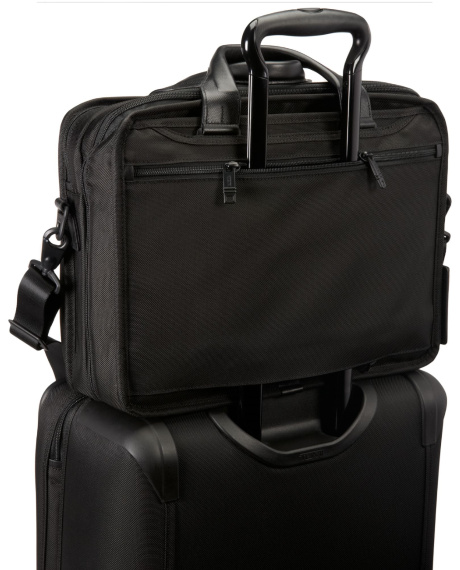 tumi26132withcarry